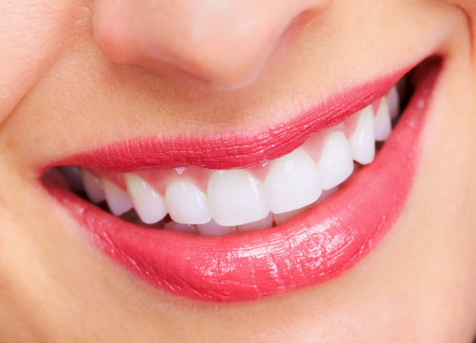 bột tẩy trắng răng Anh