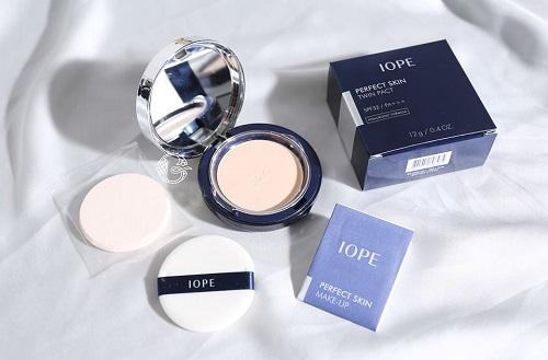 Phấn nén IOPE - Perfect Skin Twin Pact giúp bạn trang điểm hoàn hảo và tự nhiên nhất