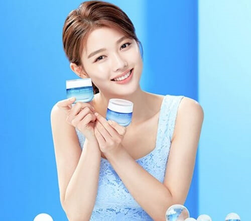 Sở hữu làn da sáng mịn, tươi trẻ hơn nhờ kem dưỡng ẩm Laneige Water Bank Moisture Cream Ex