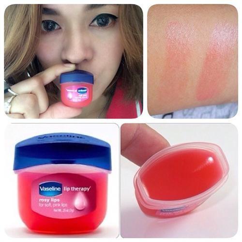 Son dưỡng môi Vaseline Lip Therapy chứa thành phần tự nhiên được các chị em phụ nữ ưa chuộng và tin tưởng