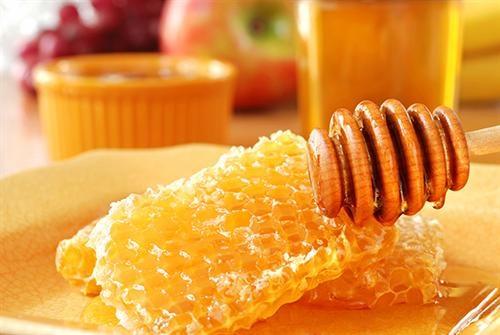 Sáp ong giàu các nhóm chất dinh dưỡng cần thiết cho việc làm đẹp